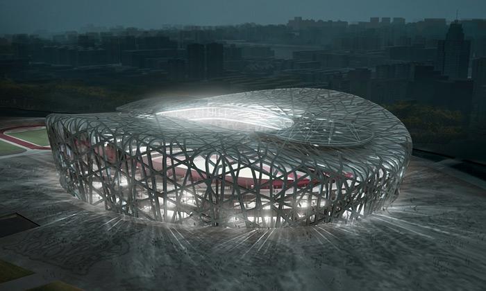 Peking dokončuje stadion zvaný Ptačí hnízdo