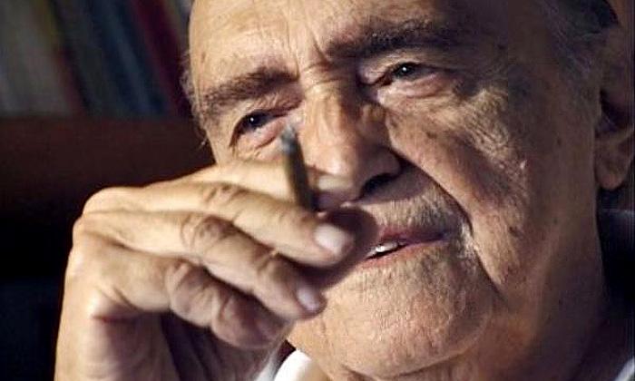 Architekt Oscar Niemeyer slaví sté narozeniny
