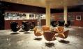 Kombinace křesel Egg a Swan v hotelu SAS