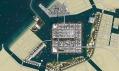 Satelitní vizualizovaný pohled na celé pobřežní město