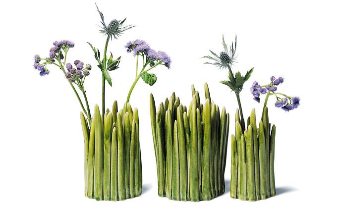 Trsy trávy jako stylová váza nakvětiny