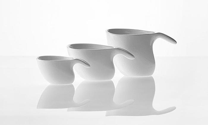 Jan Kaplický navrhl oblý stolovací set pro Alessi