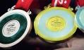 Olympijské medaile v detailu při představení