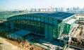Stadion halových sportů v Pekingu krátce před dokončením