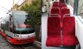 Předek tramvaje Škoda ForCity a pokusné polstrované sedačky v interiéru vozu