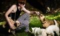 Kabelka od Mares Lucie a Silondi Marie mezi živými zvířaty