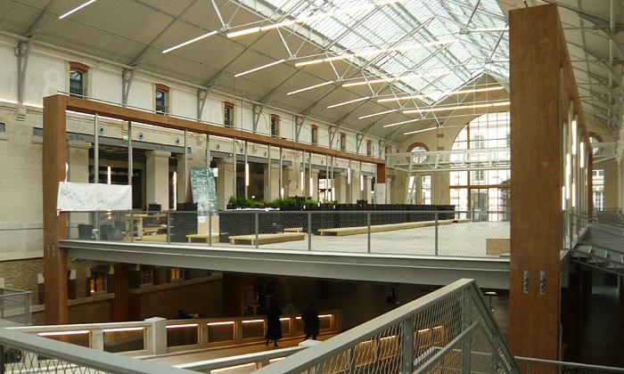 Pařížský pohřební ústav jako centrum umění 104