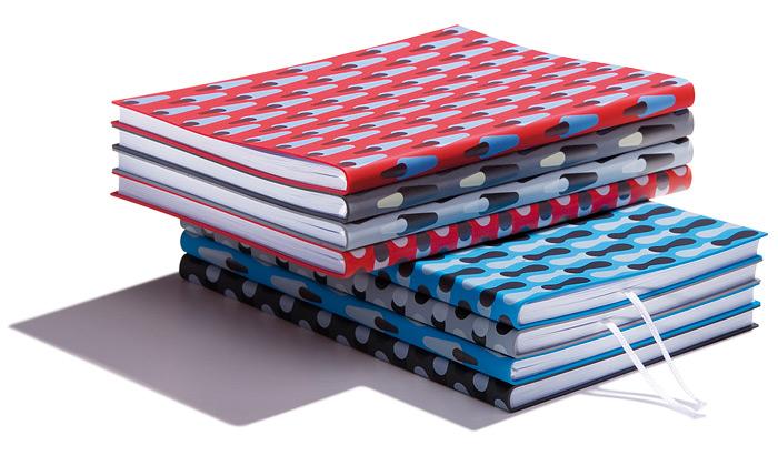 Nová kolekce diářů azápisníků sčeským designem