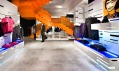 Obchod H&M v Barceloně s experimentálním interiérem od Estudio Mariscal