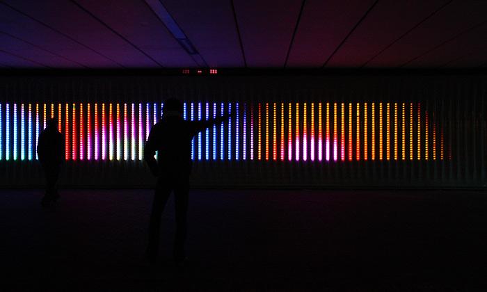 Amsterdam má digitální živou stěnu Moodwall