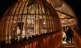 Netradiční projekt restaurace jménem Yellow Treehouse na Novém Zélandu