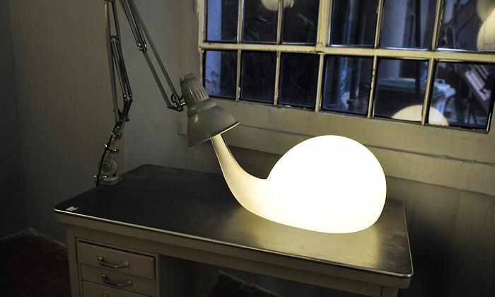 Pieke Bergmans připravila kolekci rozteklých světel
