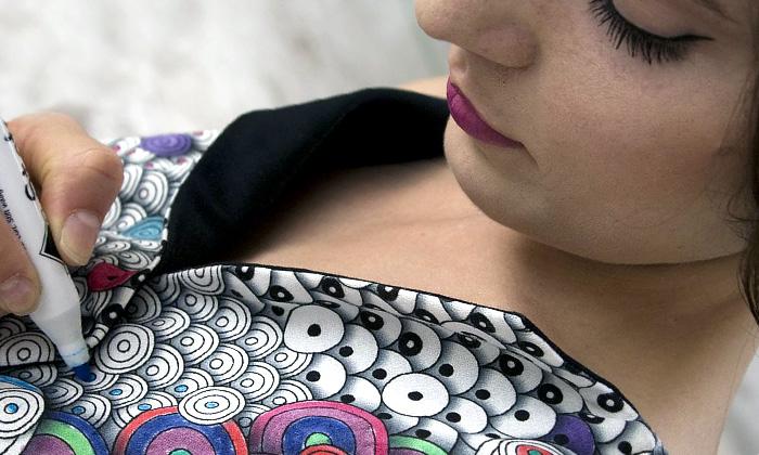 Berber Soepboer nechává vybarvovat iskládat šaty