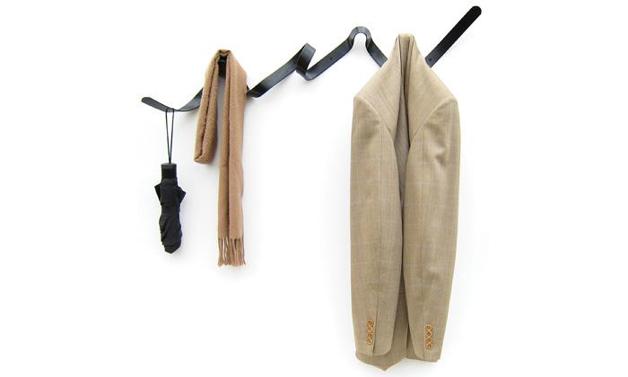 Pověste si kabát navěšák Ribbon zvlající stuhy