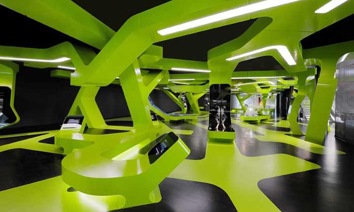 Výstava Level Green vAutostadt ohromí interiérem