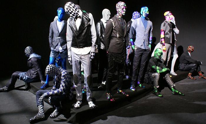 Nicolas Petrou přináší psychedelickou módní kolekci