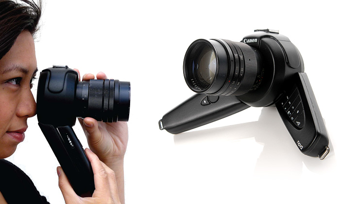 Fotoaparát Nova DSLR dělá zrcadlovku obouruční