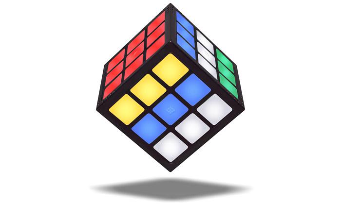 Rubik přišel sprvní dotykovou kostkou TouchCube