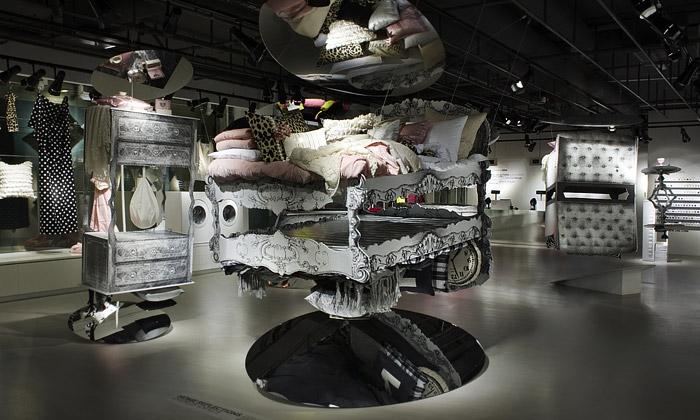 Kreativní chaos pro švédské H&M navrhli UXUS