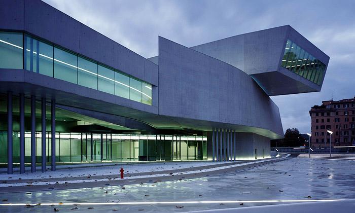Zaha Hadid dokončila Římu muzeum umění MAXXI