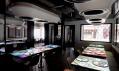Futuristický bar arestaurant Inamo vLondýně