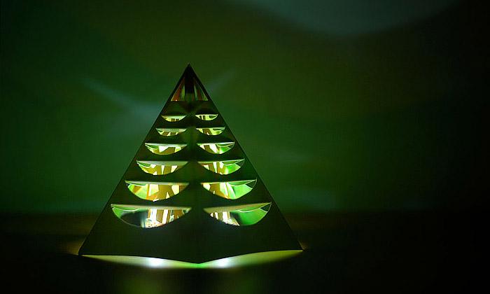 Sparkle Labs pomáhá složit vlastní svítící stromek