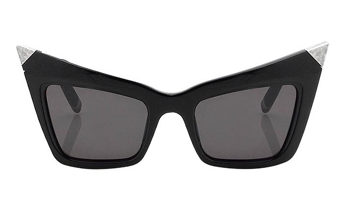 Linda Farrow přináší retro brýle naléto 2010