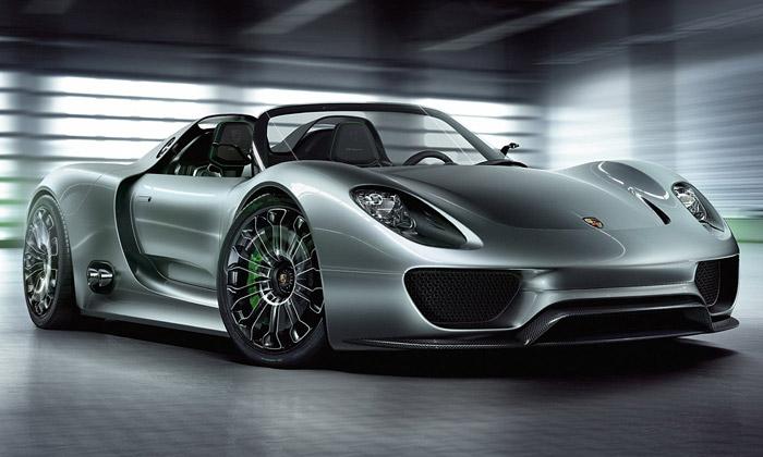 Porsche ukázalo ekologický supersport 918 Spyder