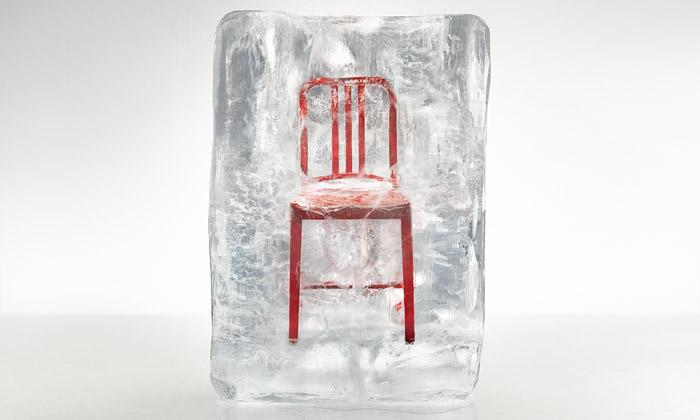 Emeco vyrábí židle 111 Navy Chair zláhví Coca-Cola