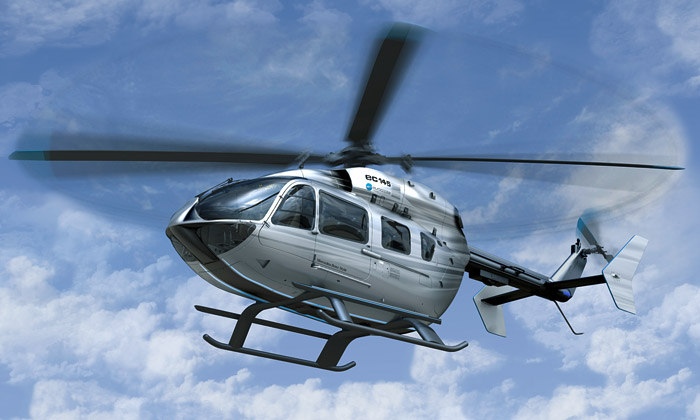 Vrtulník Eurocopter EC145 navrhli vMercedes-Benz