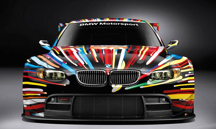 Jeff Koons navrhl sedmnácté sportovní BMW Art Car
