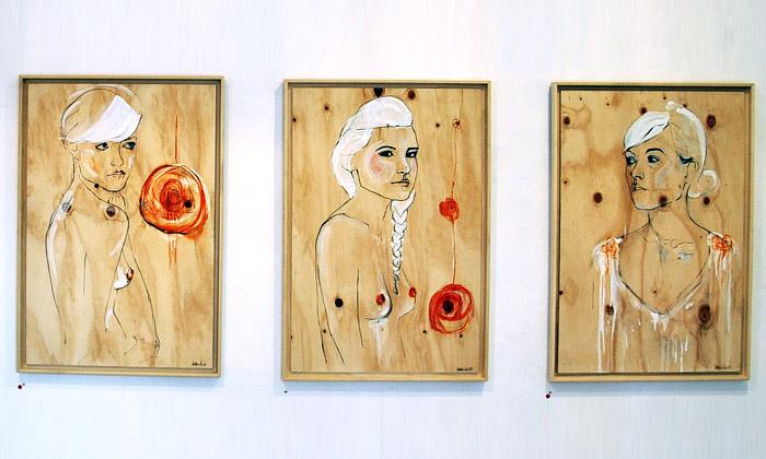 Osm žen výstavou Frauleins Orchard nejen rozněžní