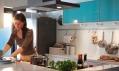 Novinky zkatalogu Ikea 2011: Kuchyně Factum atyrkysová dvířka Rubrik