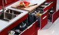 Novinky z katalogu Ikea 2011: Kuchyně Factum s novou podložkou na kořenky Rationell Variera