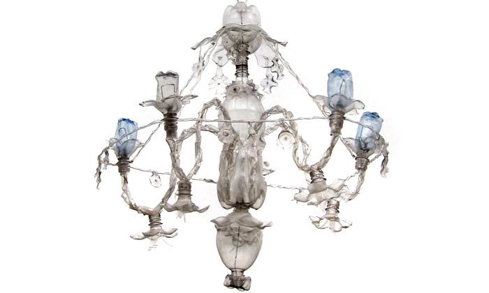 Richterová vystaví naDesignbloku světla zPET lahví