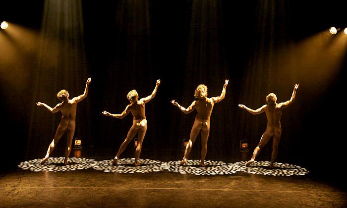 Prahu zachvátil festival umění 4+4 Dny vpohybu