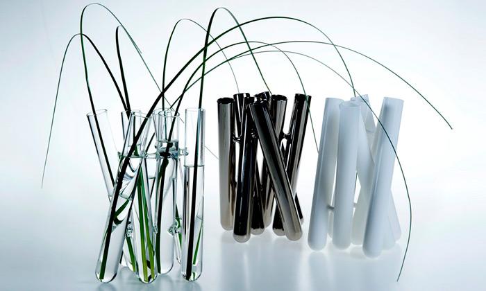 Jan Padrnos navrhl luxusní vázy zvarného skla