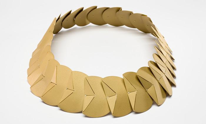 Ateliér K.O.V. zVŠUP ukázal nové šperky iobjekty