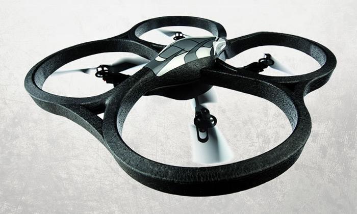 Parrot AR.Drone jehelikoptéra ovládána naiPhone