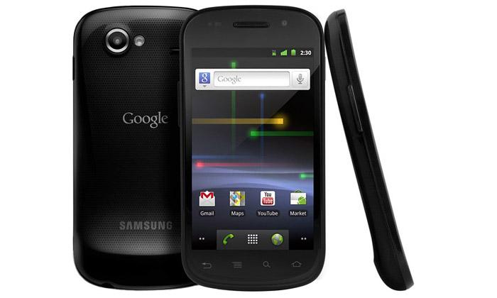 Google představil svůj druhý vlastní mobil Nexus S