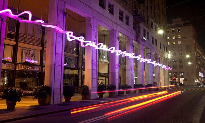 Miláno zdobí vánoční Festival světelného designu