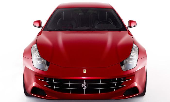 Ferrari FF ječtyřmístný sporťák spohonem čtyř kol