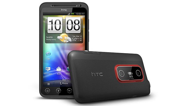 HTC uvádí mobil Evo 3D pro focení itočení bez brýlí