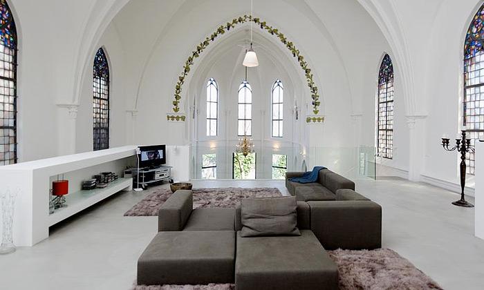 Zecc přestavěli vUtrechtu další kostel nabydlení