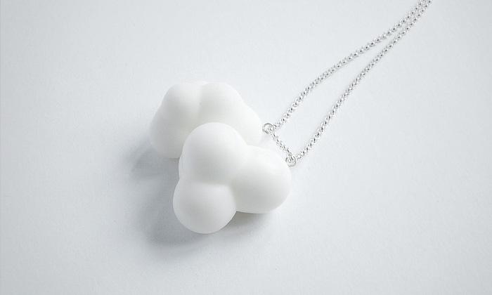 Markéta Richterová navrhla sněhobílé šperky Dune