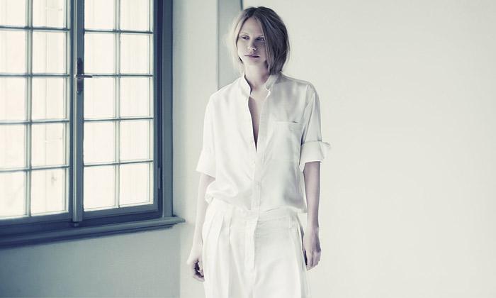 Sedm návrhářů vystavuje šaty podle vily Jurkoviče