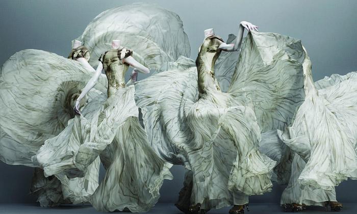 McQueen se170 modely navýstavě Savage Beauty