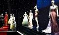 Pohled na výstavu Inspiration Dior v Puškinově muzeu v Moskvě