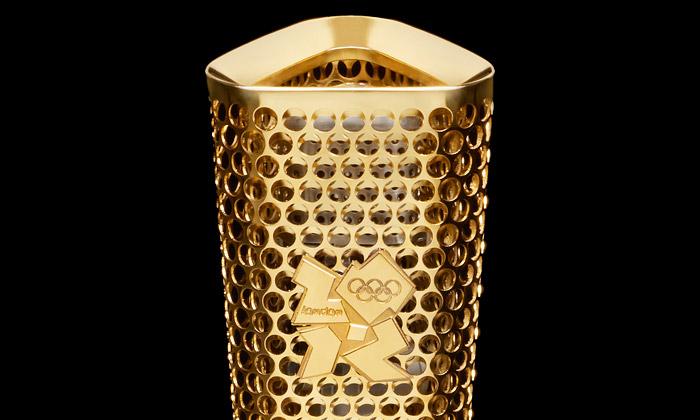Olympijská pochodeň pro Londýn 2012 jeděrovaná