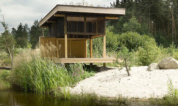 Česká Lípa má skvostný dřevěný Černý čajový dům